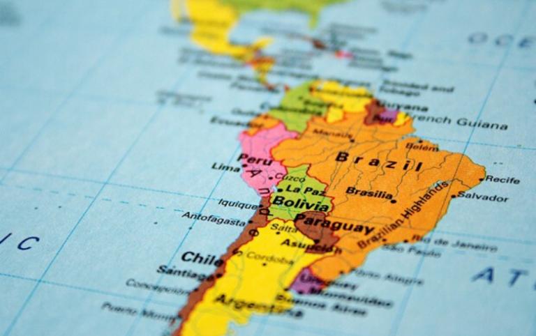 Paraguay, ubicado entre los países con menor riesgo de inversión en América Latina